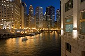 The Chicago river runs in a Skyscrapers canyon (Chicago, Chicago, United States, USA)